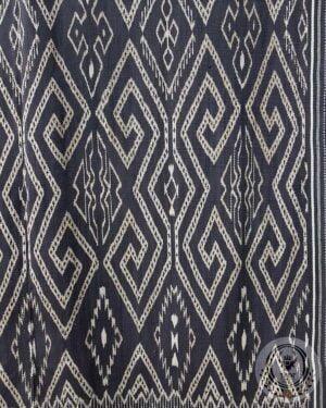 Traditional Ikat Sekomandi - Lelen Sepu' Marilotong (106cmx170cm)