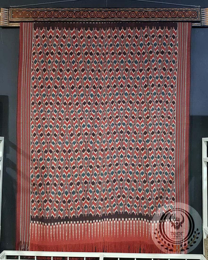 Traditional Ikat Sekomandi - Totandung (133cmx195cm)