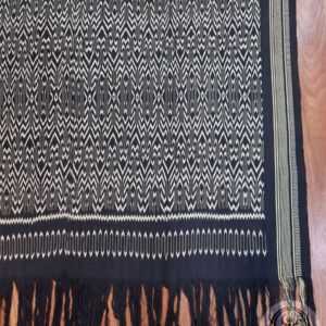 Traditional Ikat Sekomandi - Ulukarua Barinni Marilotong (135cm x 210cm)
